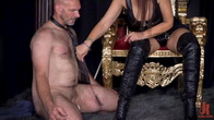 Yes My Queen: Syren De Mer Dominates Her Daddy For The First Time!
